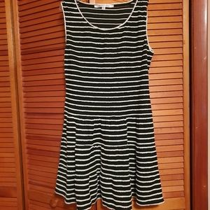 Black/White Max Studio size large dress